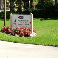 Vanderbilt Yacht & Racquet Club